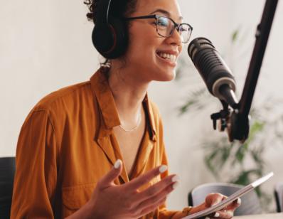 Een zakelijke podcast maken, wat komt daar allemaal bij kijken?
